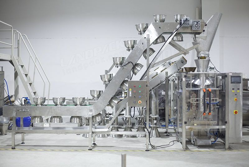 Packaging Machinery for Wet Products, Easily Adhesive Products LD-420W