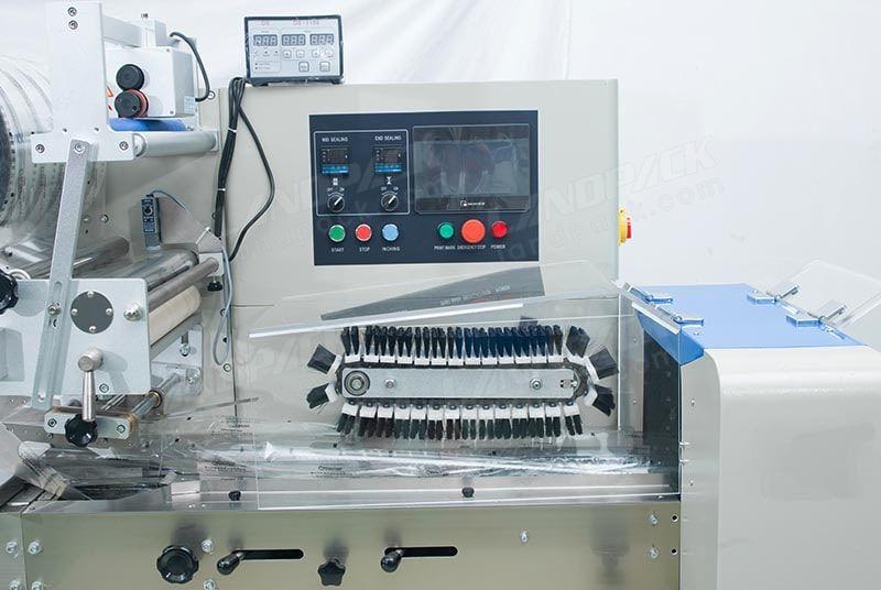 HFFS Horizontal Flow Wrap Machine LP-400/ LP-450/ LP-600/ LP-700